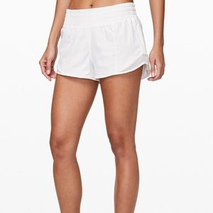 White hotty hot lululemon shorts!